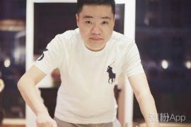 斯�Z克�x手丁俊���l文宣布��爸 他的老婆��元元是�l