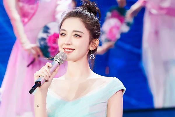 2019央视元宵晚会精彩看点 秦岚景甜娜扎同框惊艳全场