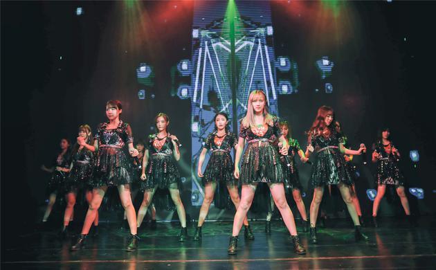 SNH48出道四周年 新编《生日歌》欢乐庆生